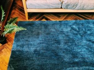 群馬県高崎市の家具屋で販売するラグ